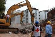 Число жертв землетрясения в Мексике растет. Новые фото с места катастрофы